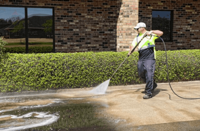 commercial concrete cleaning in kansas city